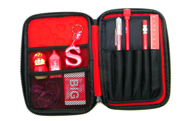 $50-pack-Smiggle-Red-Feature